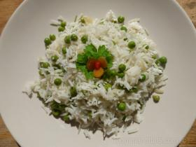 Riži Biži Rižoto (Peas and Rice Risotto)
